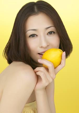 松雪泰子とレモン