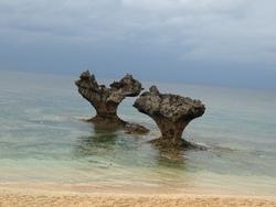 海に浮かぶハートロック