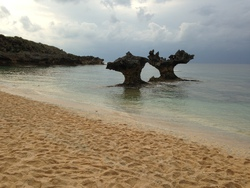 砂浜とハートロック