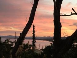 朝焼けの名護湾