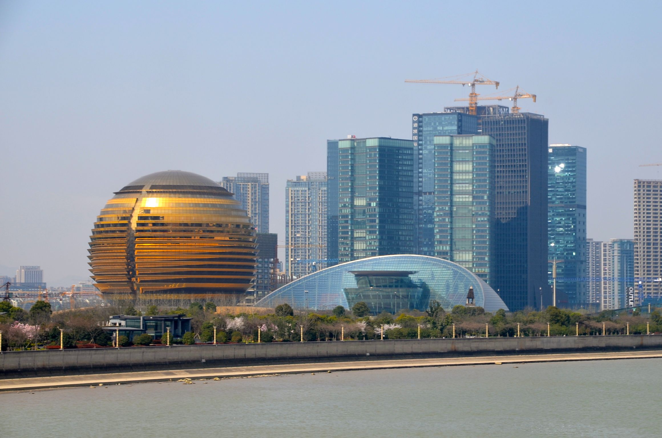 渡久地明の時事解説:杭州市を取...
