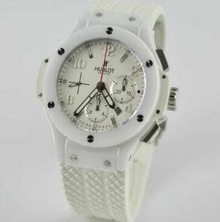 極めて高機能なウブロ コピー腕時計